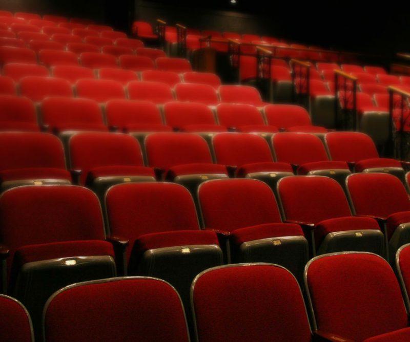 stur-theatre-website-design2